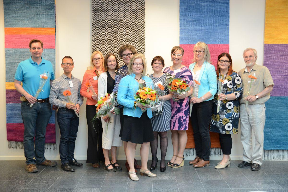 Kansalaisopistojen liiton hallitus 2017–2020 (vasemmalta oikealle): Roger Renman, Petri Vahtera, Anne Partanen, Pilvi Mansikkamäki, Kirsti Turunen (1. varapuheenjohtaja), Outi Lohi (2. varapuheenjohtaja), Marja Lehtonen, Sannasirkku Autio (puheenjohtaja), Leea Keto, Tarja Hooli, Pertti Jääskä).