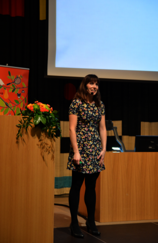 Helsingin yliopiston NEMO-projektin aivotutkija Katri Saarikiven johdolla herättelimme ajatuksia oppimisesta, osaamisesta ja työnteosta.