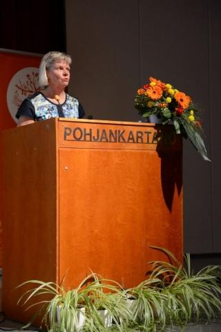 Opetus- ja kulttuuriministeriön tervehdyksen toi yleissivistyksen koulutuksen ja varhaiskasvatuksen osastolta opetusneuvos Annika Bussman.